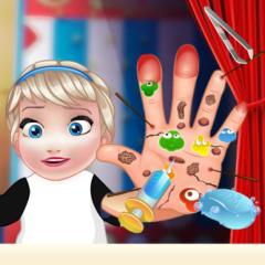 Jogo Bebê Elsa Machuca as Mãos