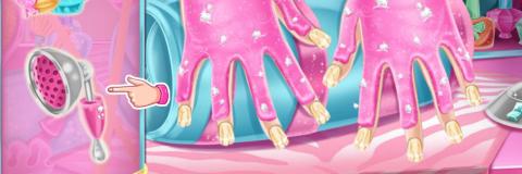 Manicure da Barbie